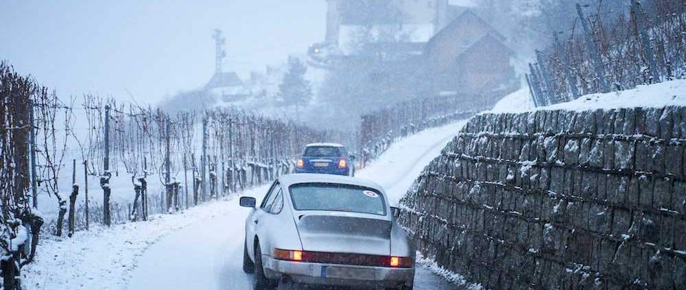 Oldtimer-Überwinterung: Risiken und Tipps für die Winterruhe